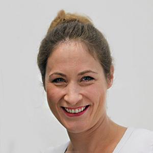 Dr. Astrid Viardot-Helmer